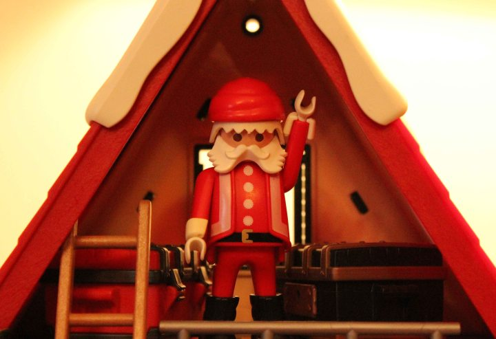 SantasWorkshop_E1A